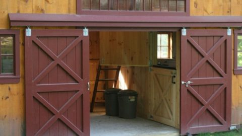 8 Easy DIY Steps To Build a Sliding Door for Your Garage